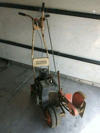 McLane/Briggs 2hp Edger machine 2343 mi