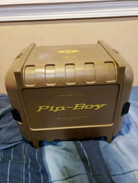 Pip-Boy Edition Pip-boy with Case and Stand 7 km