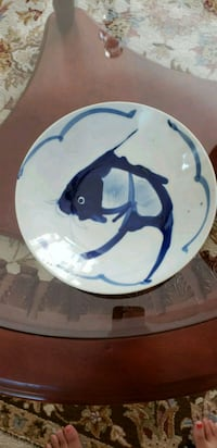 white and blue ceramic plate Whittier, 90601