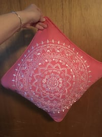 Decorative Pillow 14inch square Waterford, 06385