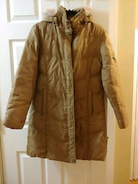 Womens Medium Winter Parka with Fur lined hood Vancouver, V5P 1W9