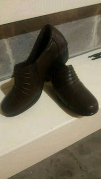 pair of brown leather shoes Ringgold, 30736