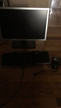 Dell monitor/keyboard/mouse East Northport, 11731