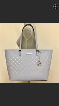 Authentic Michael kors tote  Burbank, 60459