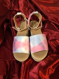 New sandals size 6&1/2