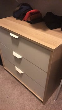 brown wooden 3-drawer chest 50 km