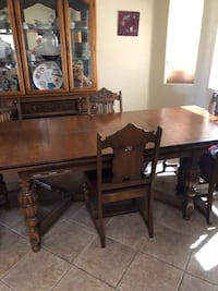 Antique dinning table with hutch.  Las Vegas, 89101