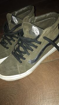 Pair of green-and-black vans sneakers. Size 5.5 St Albert, T8N 1H9