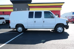 * 2014 FORD E-150 ECONOLINE CARGO VAN * NICE AND READY TO WORK