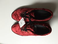 pair of red-and-black suede low-top shoes Milford, 06461
