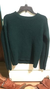 Forever 21 Deep teal sweater size M  Lodi, 07644