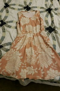 dress (large) Charles Town, 25414