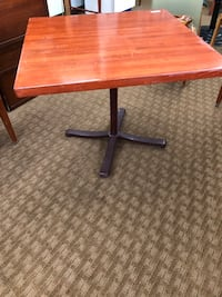 Solid Square table with metal stand Nanakuli, 96792