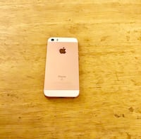 Rose Gold Apple iPhone SE. In Excellent Condition  Avon, 46123