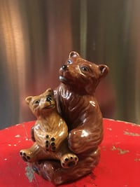 Cutest bear salt and pepper shakers ever made  New York, 10035