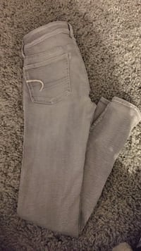 American eagle jeans (grey) size:0 Armstrong, V0E 1B4