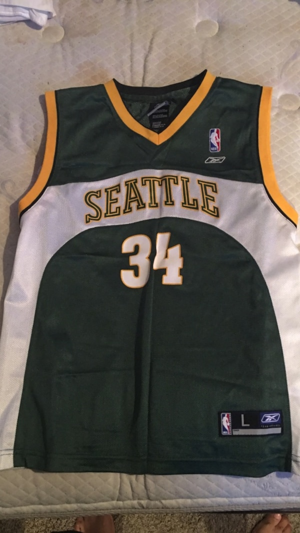 finest selection f47e1 ce693 Green, white and yellow Seattle 34 basketball jersey
