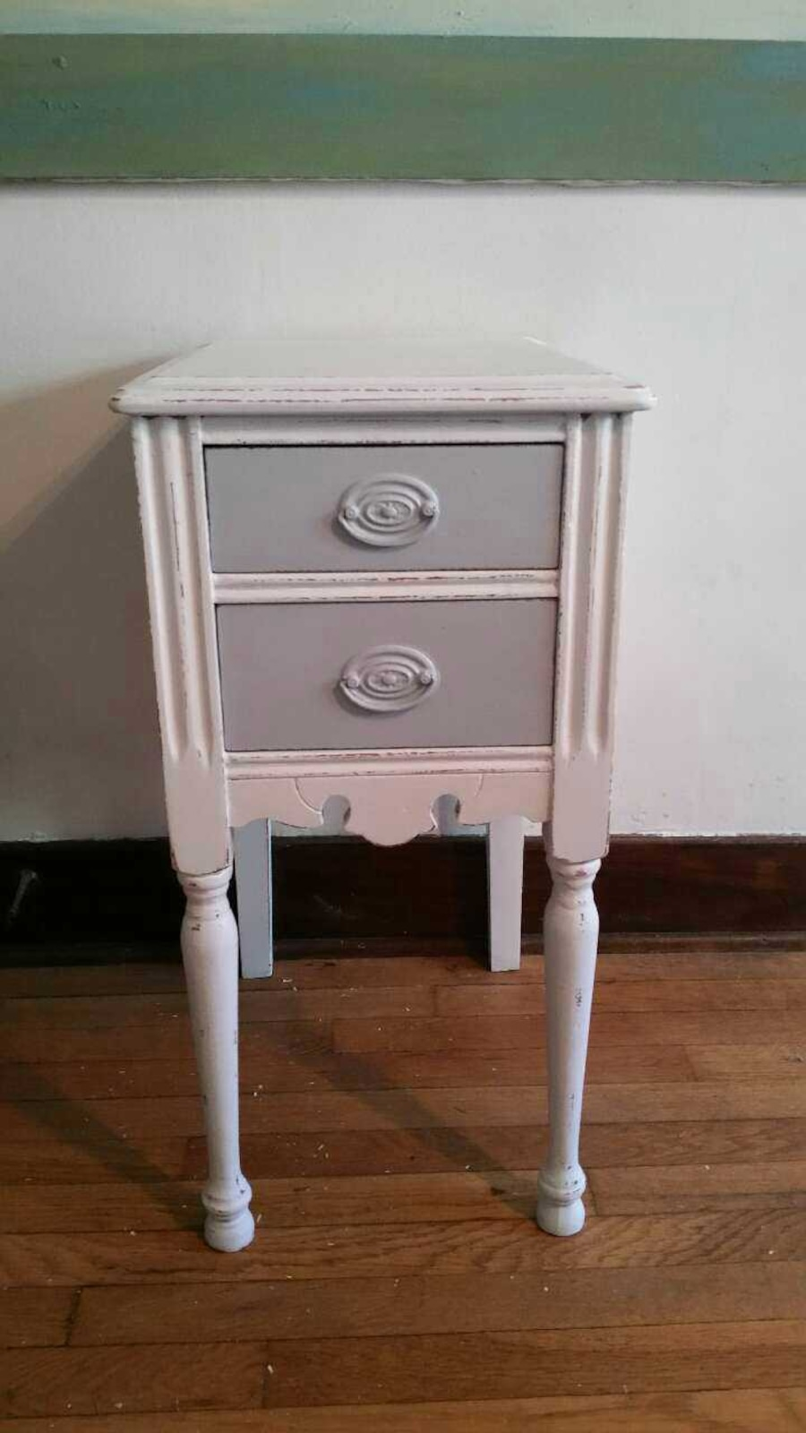 Used shabby chic side table in grand rapids for Nfpa 72 99 table 7 3 1
