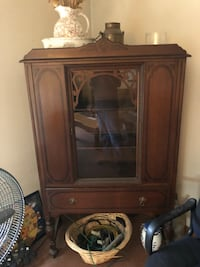 Brown wooden framed glass display cabinet Riverhead, 11901