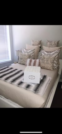 Queen size blanket and pillow set Columbia, 21044