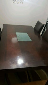 brown wooden dinning  table with 4 chairs Vaudreuil-Dorion, J7V 0B8