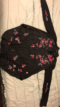 Black and red floral long-sleeved blouse Saskatoon, S7K 4H7