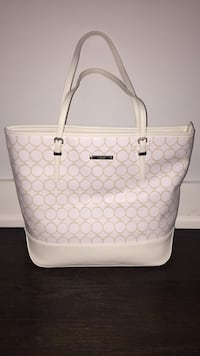 monogrammed white and gray Gucci leather tote bag Milford, 08848