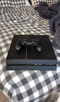 Ps4 and controler