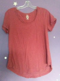 Red tee size L 537 km