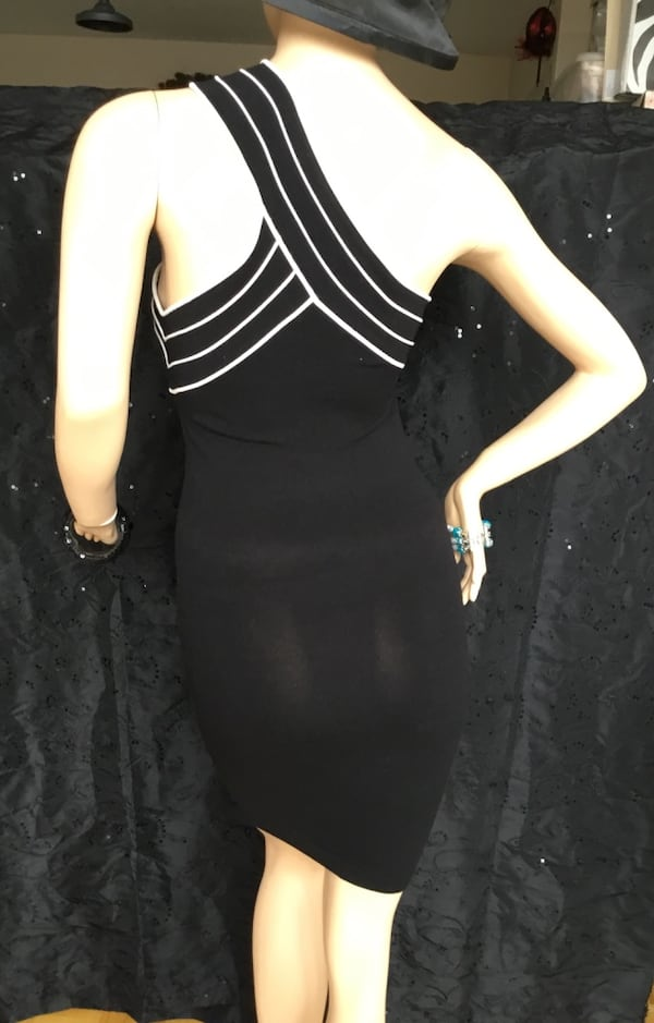 Marciano black stretch dress - small 2f148eb7-0a91-418e-ae16-5629d2a4e4a9
