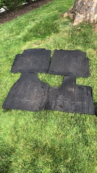 Chrysler Town & Country OEM Genuine All Weather Rubber Mats Merrick, 11566