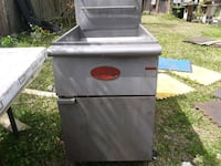 gray and black gas grill Texas City, 77591
