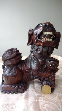 Rare oriental, Chinese wood carving foo dogs with  Montréal