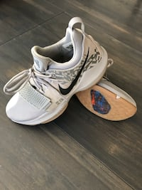 Pair of white-and-gray nike running shoes Surrey, V4N 5Z6