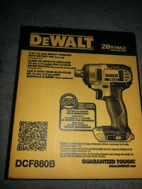 Dewalt impact wrench with detention pin