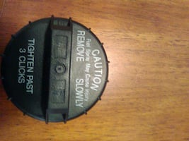 This gas cap is new it fits a 08-10 Chevy Cobalt