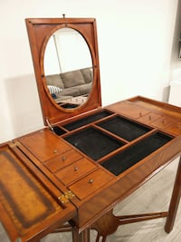 Antique Jewelry & Powder Table for Sale Mississauga, L4Y 3L6