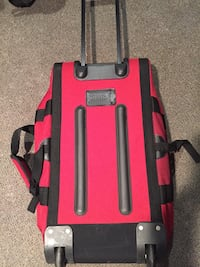 Red and black chicco backpack carrier Toronto, M1E