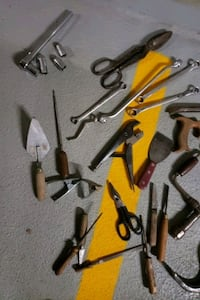 LOTS OF VALUABLE TOOLS