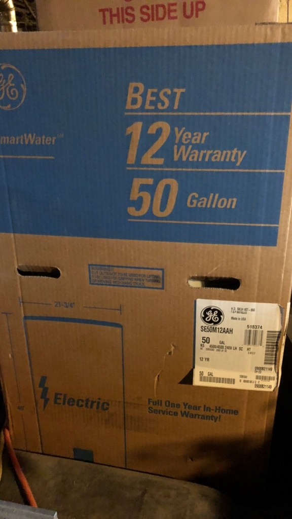 Used General Electric water dispenser box in Rockville Centre