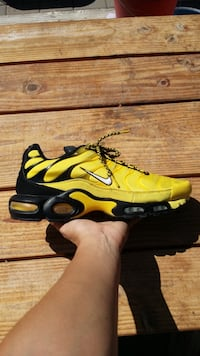 Nike Air Max Plus Frequency Pack Tour Yellow Shoes