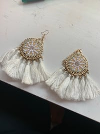 two white and brown beaded accessories Carle Place, 11514
