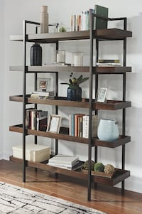 brown wooden 5-layer shelf South Pasadena, 33707