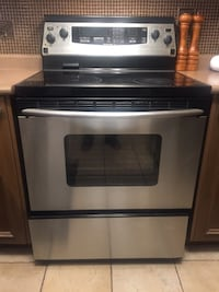 Four Burner Kitchen Aid Superba induction  range oven in very good condition Richmond Hill, L4E 4P5