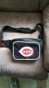 Red's fanny pack Georgetown, 45121