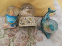 Snowglobes $5 or $20 4 all Zanesville, 43701