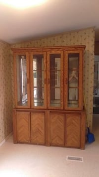 Oak China Hutch ( 2 pc ) null