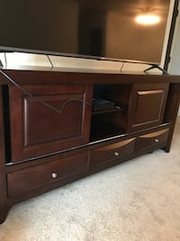Black wooden tv stand with flat screen television Mundelein, 60060
