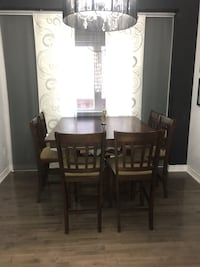 8 chair diner table (expandable table top) Vaughan, L4H 0K5