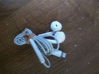 I phone 5 and 6 head phones 539 km
